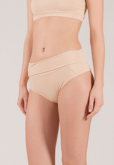 Short Extended Nude